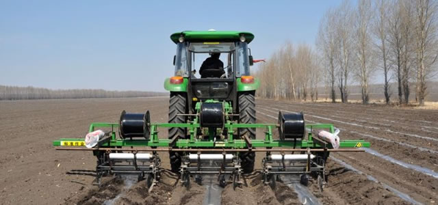 3,首部固定式增压滴灌在灌溉工艺流程设计上可分为渠水灌溉和井水